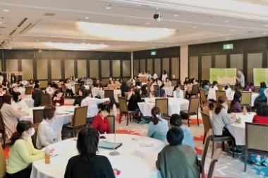 画像:学生大会に参加する学生