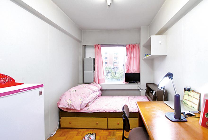 画像:1人部屋の内装